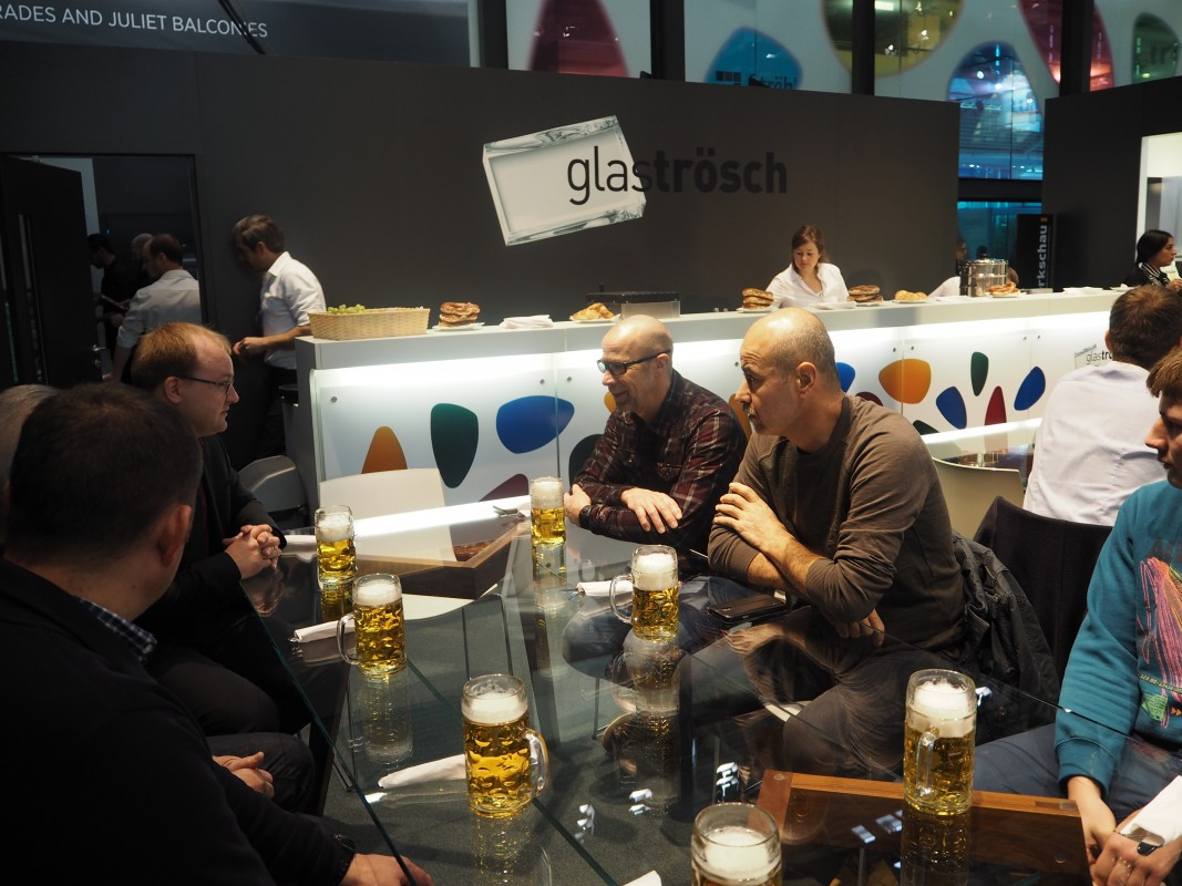 13-Besuch-Lieferanten-GlasTrosch-Einladung-Mittagessen-BAU-Messe-Glas-Rampp-GmbH-Augsburg