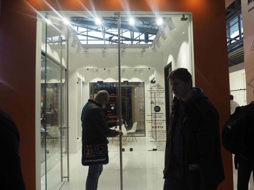 32-Besuch-Lieferanten-4-Meter-Glasture-SaintGobain-BAU-Messe-Glas-Rampp-GmbH-Augsburg